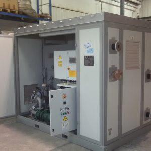 Assorbitore a bromuro di litio alimentato ad acqua calda, fornito in versione Package e torre evaporativa 03